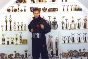 Steve_with_trophies